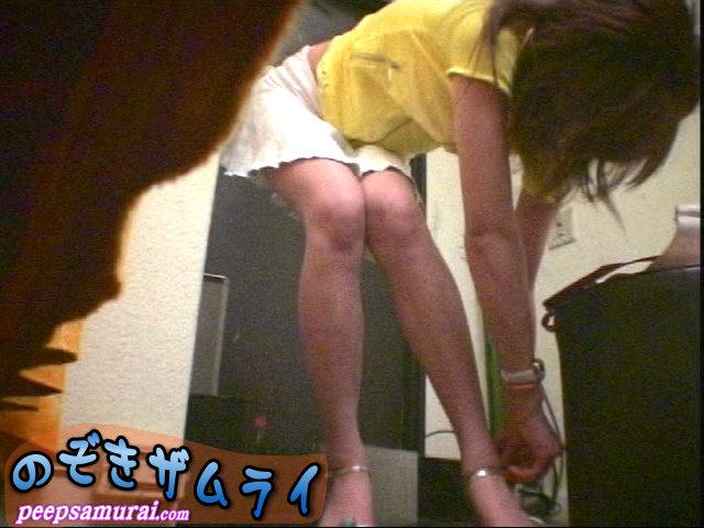 素人 - 美人ギャルが集まるクラブの更衣室盗撮 2
