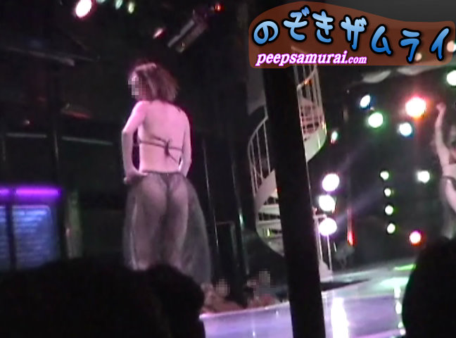 ギャル系仮面ストリップショー14...thumbnai1