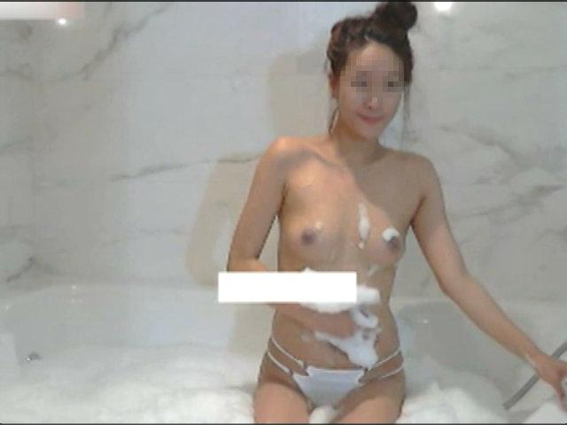 素人 - 韓国超美少女2人のヌレヌレチャット
