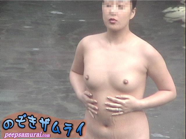 素人 - 冬の絶景露天風呂 望遠盗撮 2