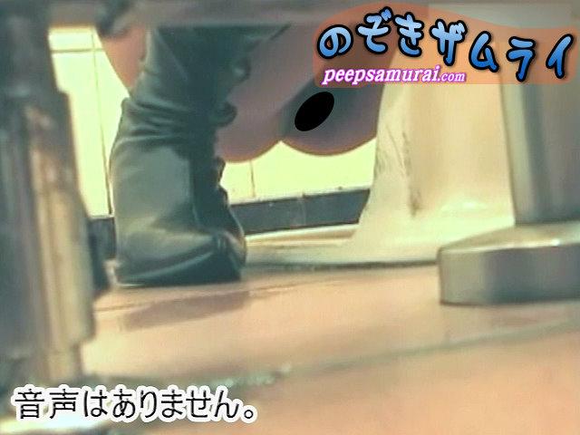 地方都市の公衆トイレ張り込み盗撮 5