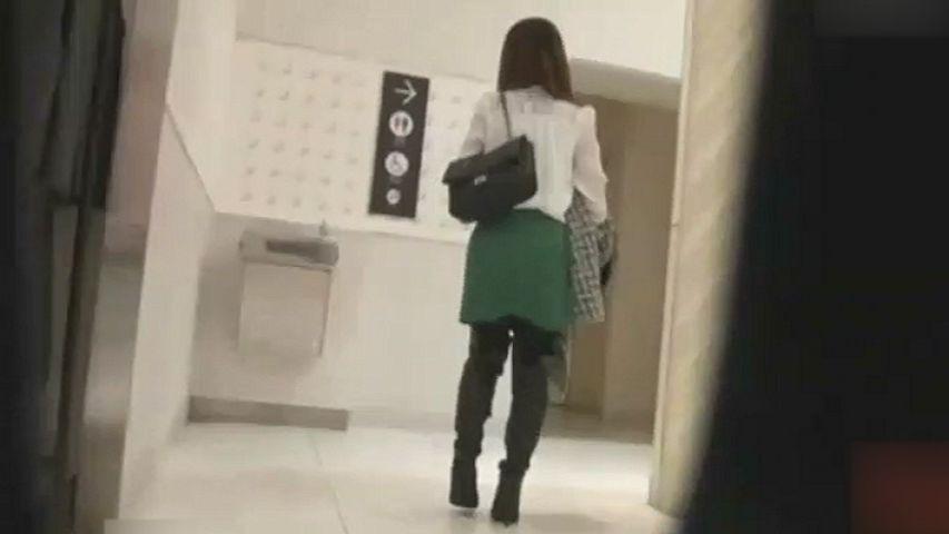 うんこ女子をガチ追跡 part5...thumbnai4