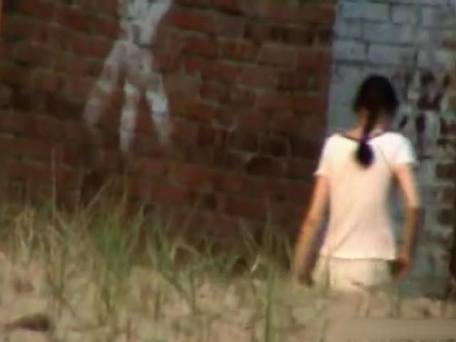 素人 - ロシアビーチにある前面開放トイレ 2