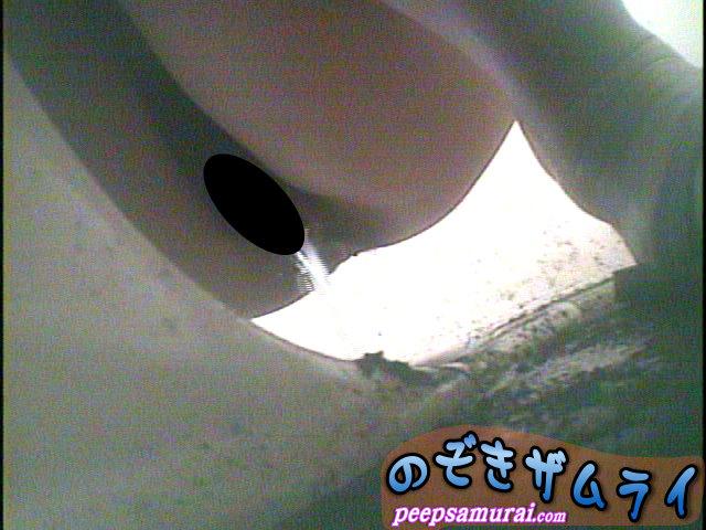 ビーチ駐車場の汚い便所  2...thumbnai1