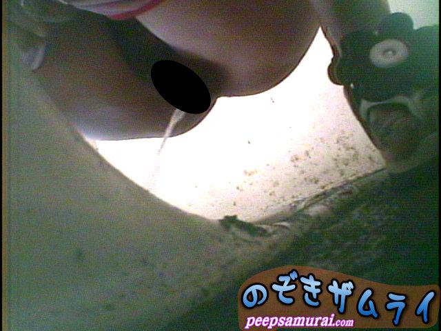 素人 - ビーチ駐車場の汚い便所  2