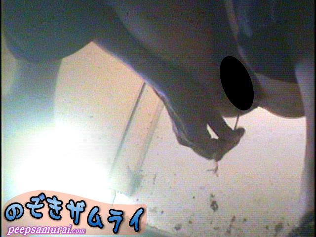素人 - ビーチ駐車場の汚い便所  5